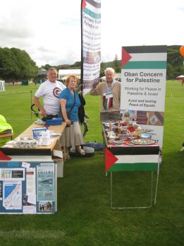 Volunteers at Oban Concern for Palestine stall in Mossfield